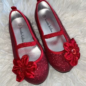 Red glitter dress shoes